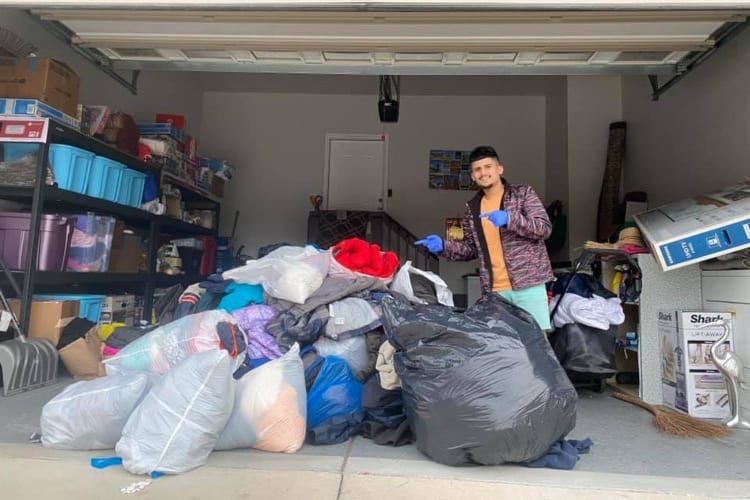 Ashis Collects Clothes