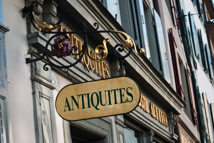 Antiques Finds That Make a Fortune